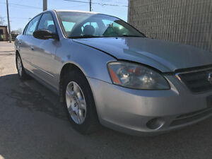 2002 Nissan Altima - AS IS - Please Read