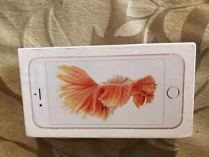 Unlocked Rose Gold 32 GB iPhone 6S, mint condition