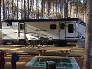 Cruiser RV Radiance 31DSBH