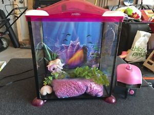 17 Litre MARINA Mermaid Themed Glass Aquarium West Island Greater Montréal image 1