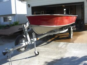 NICE DEEP WIDE 14 ft HARBERCRAFT BOAT--MOTOR--TRAILER