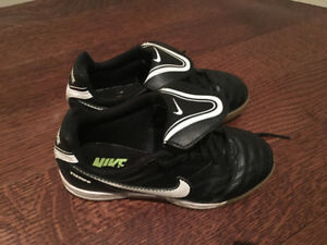Child's indoor soccer shoes
