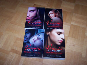 4 large FRENCH softcovers by RICHELLE MEAD - Vampire Academy