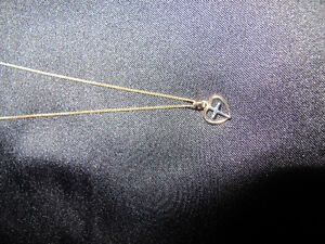 14K Gold Chain & Pendant