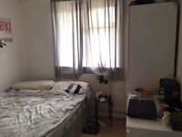 Room with double bed for Rent £500 + bills near Liverpool st/Shoreditch area