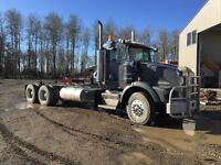 1995 KENWORTH T800 cab and chassis heavy spec wide trac