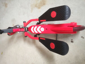 Yvolution Y Flyer - Red Scooter (like new)