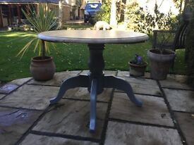 Pine Circular Table ....lovely condition