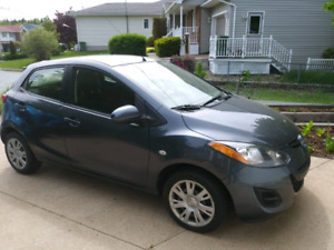 Mazda 2 2011 4 door hatchback $6500