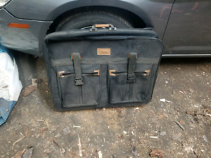 Carry on laptop bag