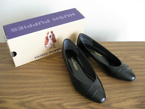 Black leather pumps, size 8M. London Ontario image 1