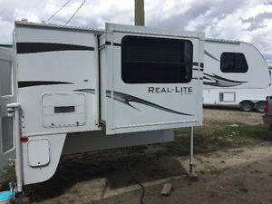 REDUCED ONE LAST TIME - 2012 Palomino Real Lite 1812