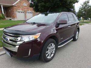 2011 Ford Edge SEL AWD  V6  ** Loaded ** Price reduced to $10K