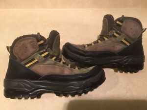Women's Sorel Rock-Hi Sage Hiking Boots Size 8 London Ontario image 6