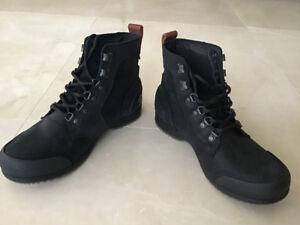 Sorel Men's Winter Boots - Men's size 8 - $100