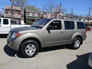 2007 Nissan Pathfinder 7 PASSENGERS 4X4 SUV, Crossover