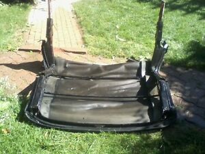 Convertible frame in good condition