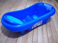 The First Years Sure Comfort Newborn-to-Toddler Baby Bath Tub