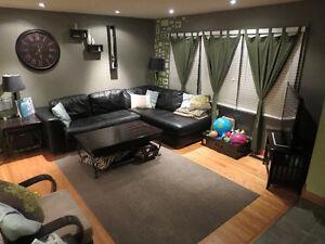 3 Bedroom Main Floor of House- INC all utilities