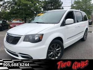 2014 Chrysler Town & Country S - Leather Seats