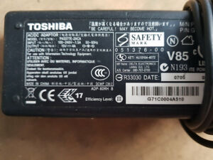 Toshiba Laptop Charger PA3377E-2ACA  AC Laptop Power Adapter