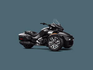 2016 Can Am Spyder F3-Ltd 1330 Triple / Brand New (Black)