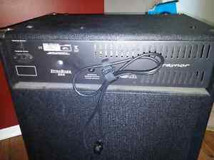 Bass Amp Combo Traynor DynaBass 200 West Island Greater Montréal image 3