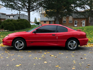 2005 Pontiac Sunfire Gt for $500. Selling as is. Need to go ASAP