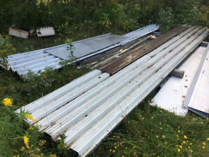 Large quantity of metal siding
