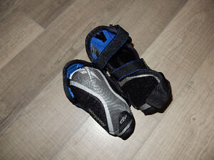 Reebok Skating elbow protectors