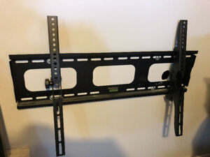 Flatscreen TV Wall Mount