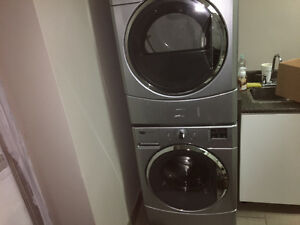 Stackable Maytag washer / dryer