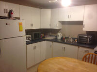 Airport Heights - 2 Bedroom Available on Oct 1st