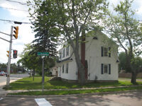 Charming house in Elmwood in front of the new sobyes