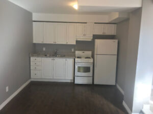 3 BDRM APARTMENT FOR RENT - Barrie - great location!!