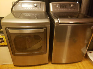 MOVING SALE: LG DLEX5170V WASHER AND DRYER COMBO