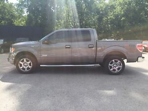 2014 FORD F-150 XLT * 4WD * SUNROOF * REAR CAM * LIKE NEW London Ontario image 3