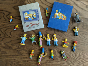 Simpsons Seasons 1+4 and 16 Figures