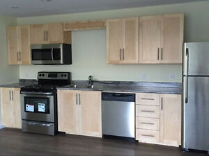 Brand New 2 bedroom/2 bath suite Opposite to SMU Available Sep 1