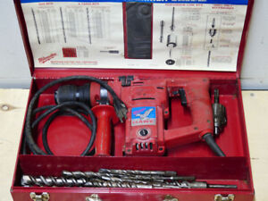 "Milwaulkee HAWK 1"" Hammer Drill"