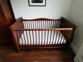 Baby toddler bed crib cot