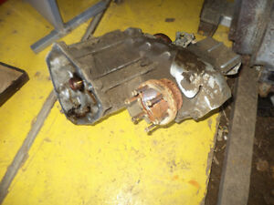 FORD EXPLORER SUV 2002 transfercase With motor.JE PARLE FRANCAIS