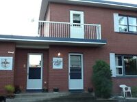Oliver 3 bedroom home available July 01