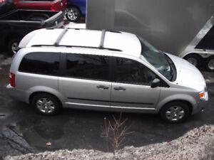 Camionnette Dodge Grand Caravan à vendre 2010