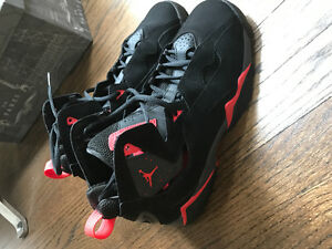 Nike Jordan's red and black
