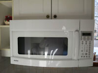 Microwave with fan - excellent condition