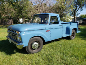 1966 Ford F-250 352 8 cylinder 4 speed.