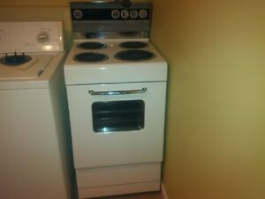 """SOLD       Electric stove - 20"""""""