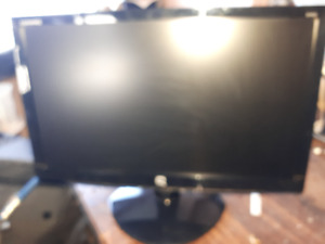 NEw HP Compaq monitor Model#S1922