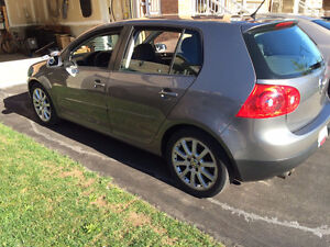 2009 Volkswagen Rabbit Hatchback - Accident free!!!